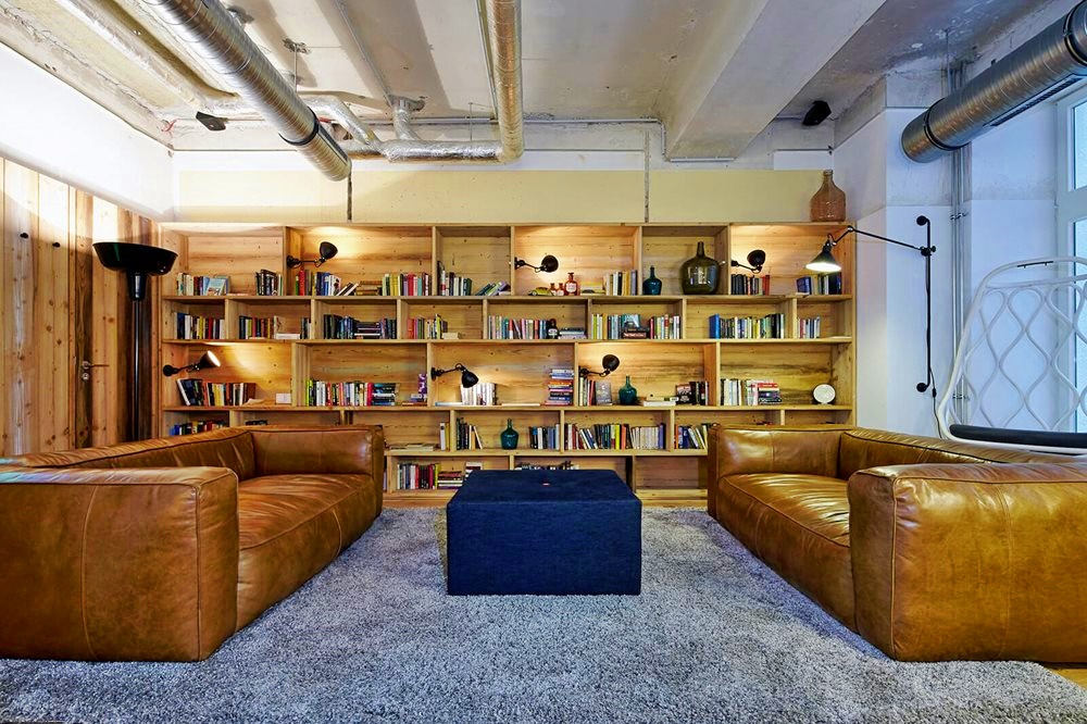 where to stay in berlin city center generator hostel mitte review owl over the world. Black Bedroom Furniture Sets. Home Design Ideas