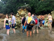 Coromandel, Hot Sand Beach: Die Flut beendet das Badevergnuegen