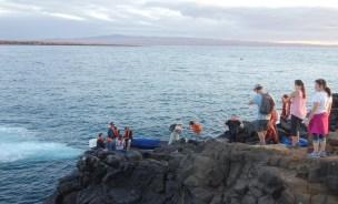 Galapagos, La Pinta, North Seymour: Mit dem Panga auf dem Rückweg zur Yacht