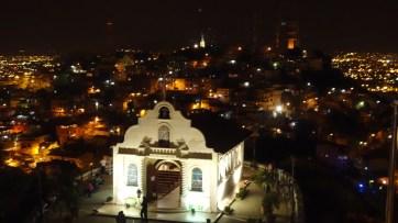 Guayaquil, Cerro Las Peñas: Die Kirche del Cerro Santa Ana thront über der Stadt