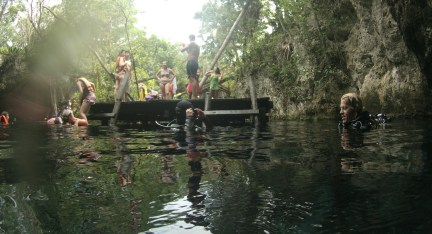 Mexiko, Tulum, Cenoten Tauchen: Nach 44 Minuten zurück am Einstieg in die Gran Cenote