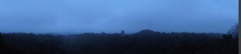 Guatemala, Tikal: Morgendämmerung