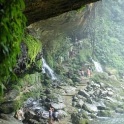 Palenque, Wasserfall Misol-Ha: Der Weg hinter dem Wasserfall zur Höhle