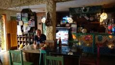 Guatemala, Flores: Im San Telmo kann man den Tag entweder gemütlich beginnen oder auch ausklingen lassen