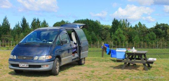 Lake Taupo Top 10 Holiday-Park: Unser Kurti wird für den nächsten Ausflug bereit gemacht