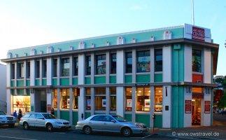 Napier, die Hauptstadt des Art-Deco: Das Informationszentrum hatte leider schon geschlossen und aussen gab es keinerlei Information über Napier