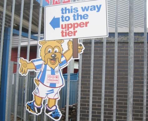 100501_huddersfield_colchester11