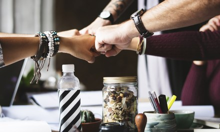 4 Tips for Building Professional Relationships at Work