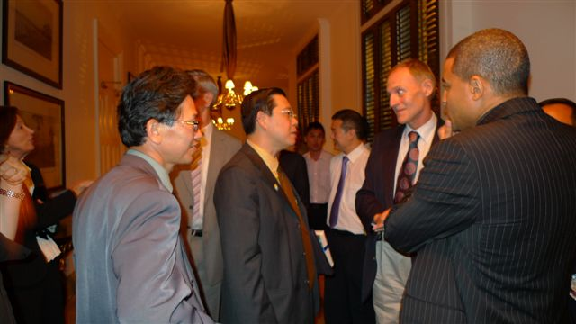 credit_suisse_dinner_dialogue_series_with_yab_lim_guan_eng_20101228_1727599875