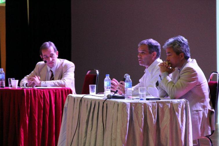 the_oxbridge_malaysia_and_ktj_debate_and_workshop_2012_14_20120624_1315352635
