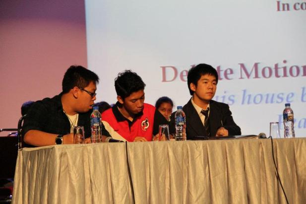 the_oxbridge_malaysia_and_ktj_debate_and_workshop_2012_98_20120624_1778857616