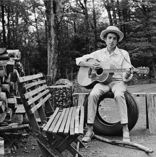 Bob Dylan -- note the shoes