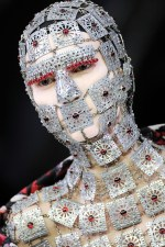 Alexander McQueen — Yashmak