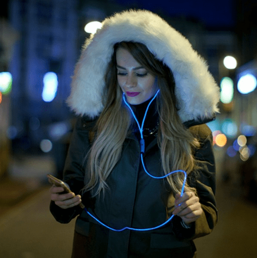 f7e679751 Review  BLUE NEOGLOW LIGHT UP EARPHONES - OxGadgets