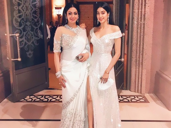 Sridevi-and-daughter-Jhanvi-Kapoor-are-glowing-in-white.jpg