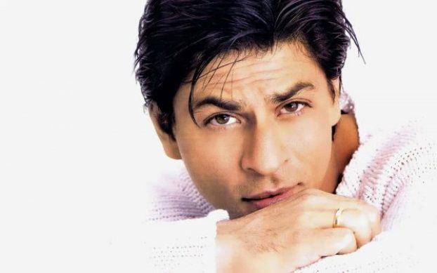 Girls-love-my-eyes-says-Shah-Rukh-Khan