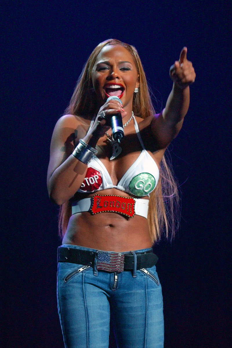 Lil Kim Through The Years 2000 To 2015 Oxygen Official Site
