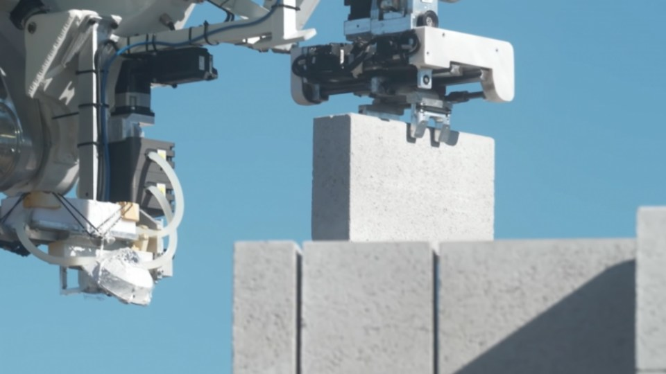 Hadrian X FastBrick Robotics robot construcción