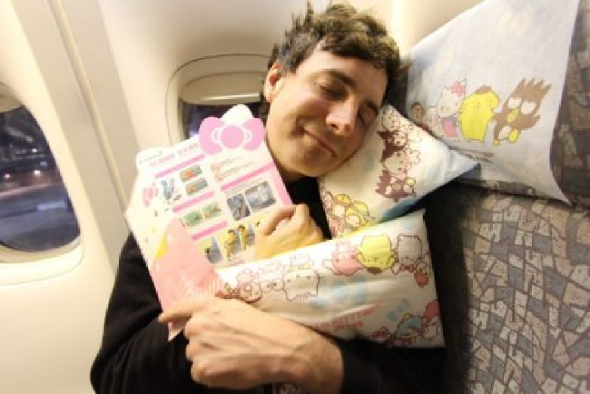 'Eva Air' planea vuelo en avión de Hello Kitty con menú de tres estrellas Michelin