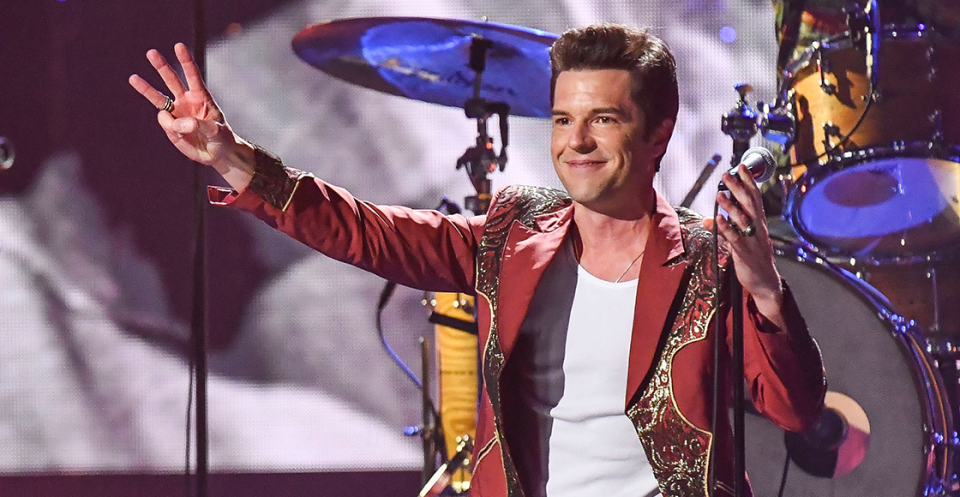 Escucha el remix que The Killers y Jacques Lu Cont realizaron a 'Scarlet', de The Rolling Stones