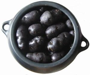pommes de terre vitelotte à l'étouffée