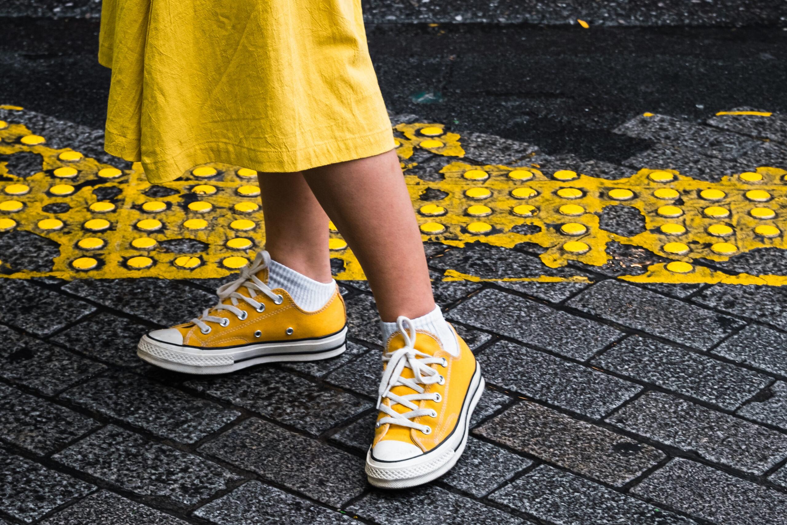 best women's walking sneakers for travel