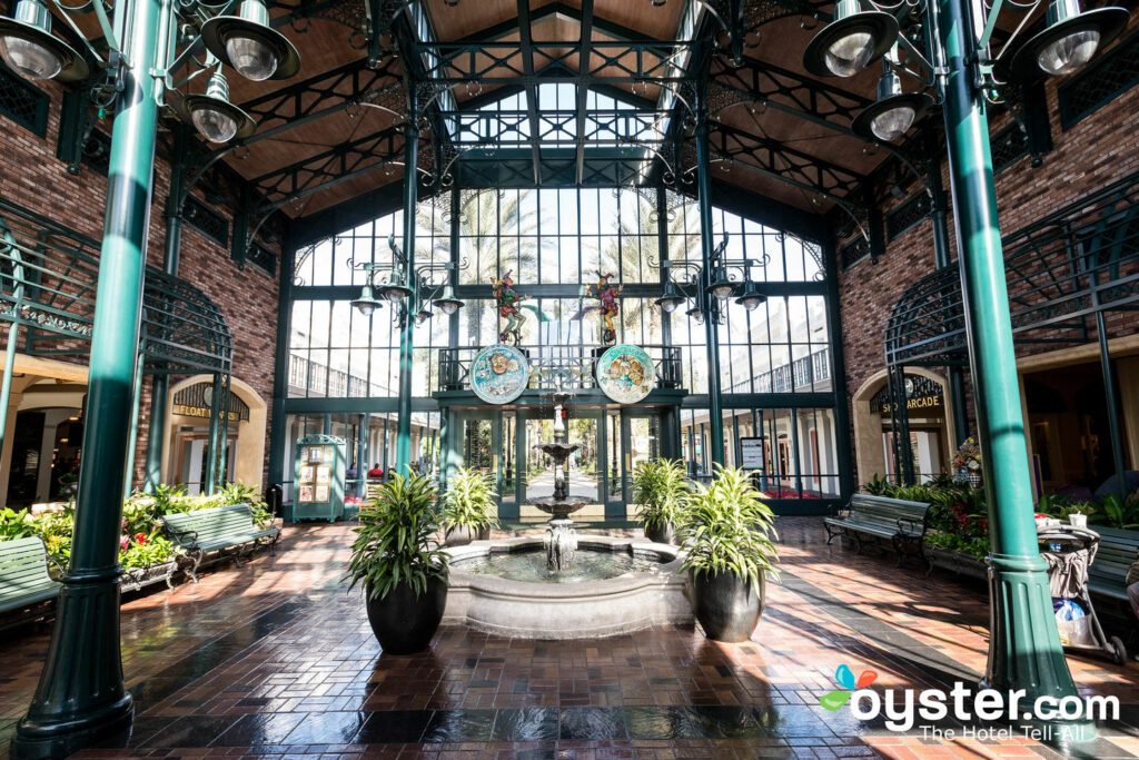 Disney S Port Orleans Resort French Quarter Review What