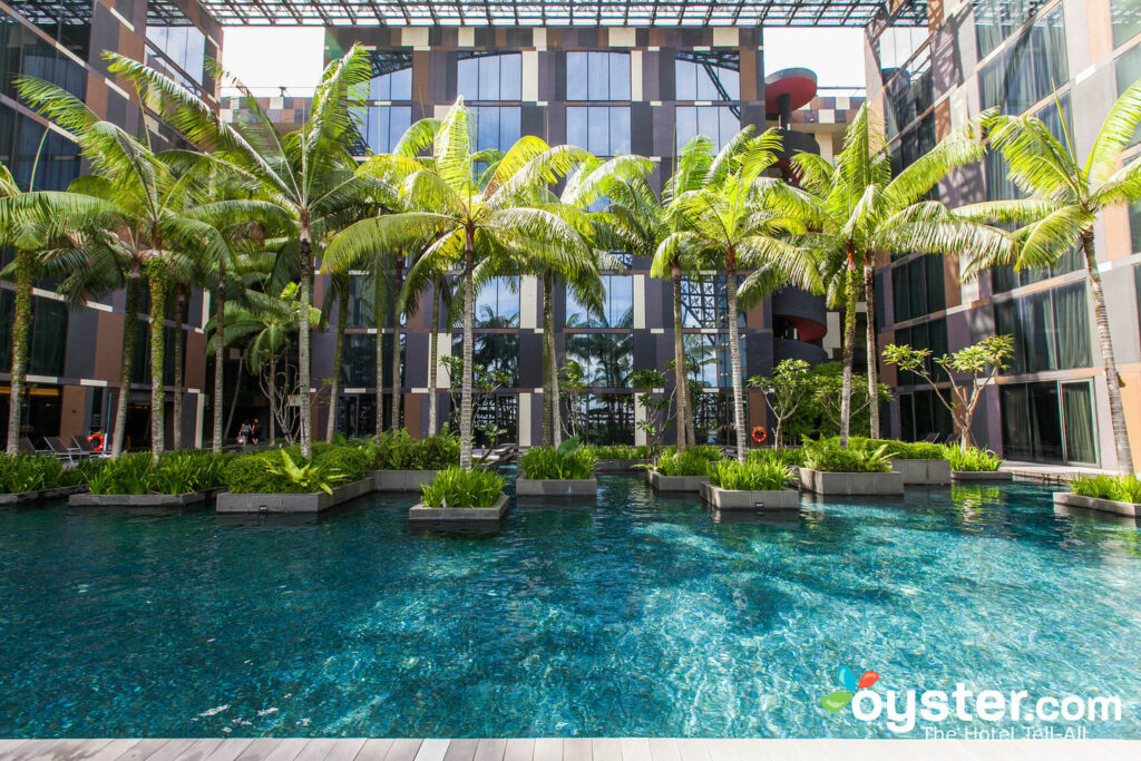 Crowne Plaza Changi Airport Review What To Really Expect If