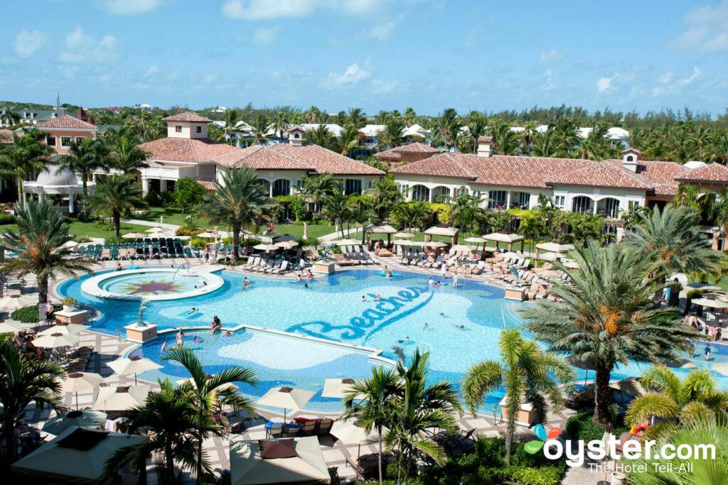 Villaggio italiano alle spiagge Turks e Caicos Resort Villages and Spa / Oyster