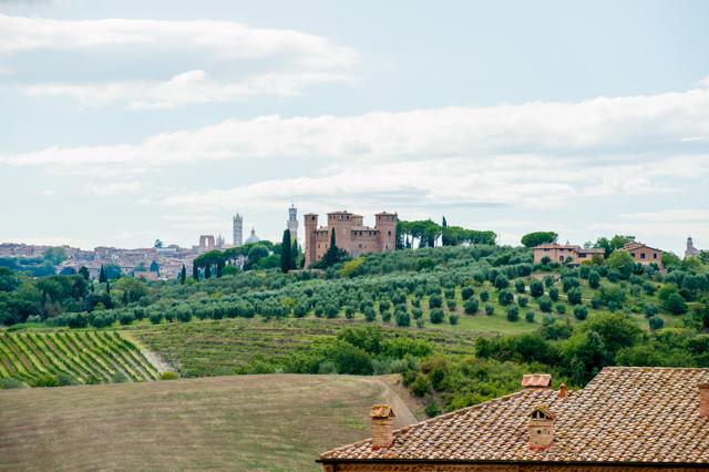 Castle at the Castello delle Quattro Torra/Oyster