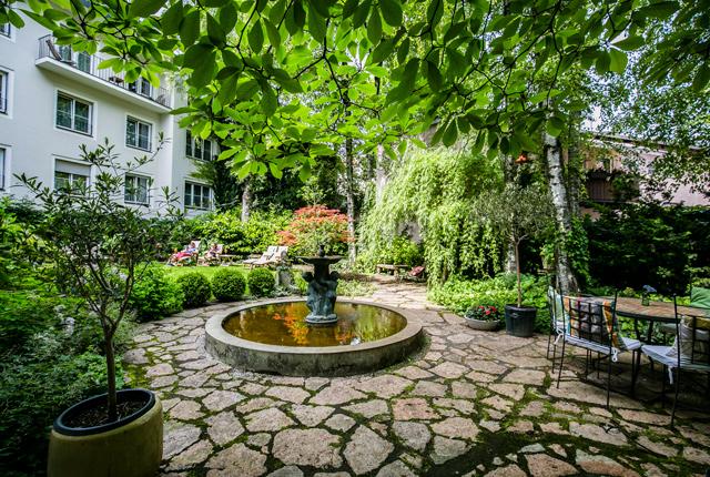 Jardin à l' Hôtel Auersperg / Oyster