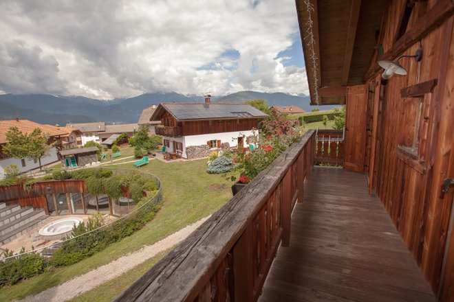 La Suite Ginepro en el Pineta Hotels Nature Wellness Resort / Oyster