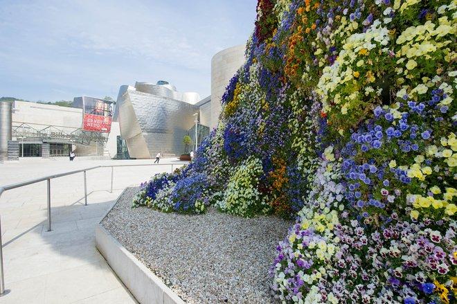 Museo Guggenheim Bilbao / Oyster