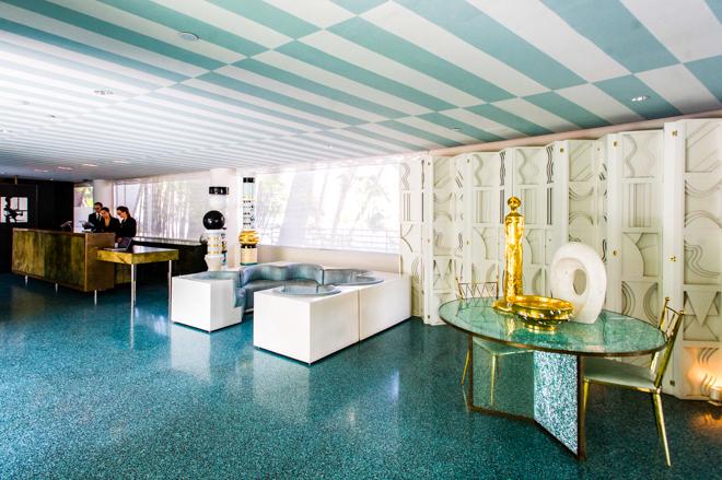 Lobby en el Avalon Hotel Beverly Hills / Oyster