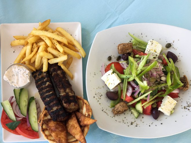 Griechischer Salat im Sea Side Beach Hotel / Oyster
