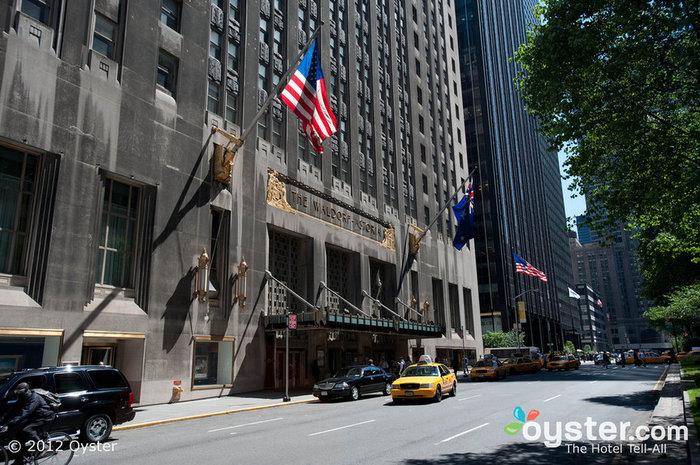 Die Fassade des Waldorf-Astoria ist ein schönes Beispiel für Art-Deco-Architektur.