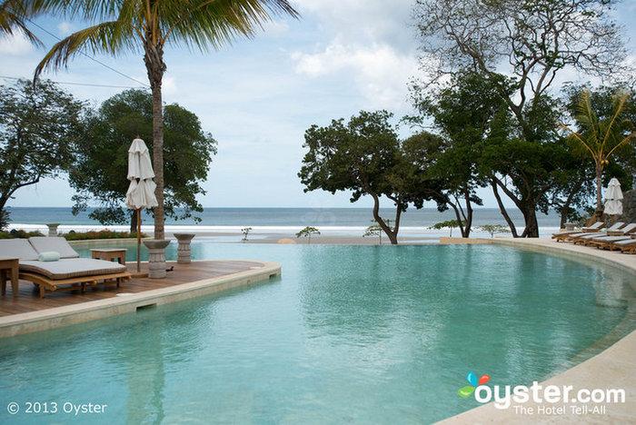 Pool im Mukul Luxury Resort und Spa
