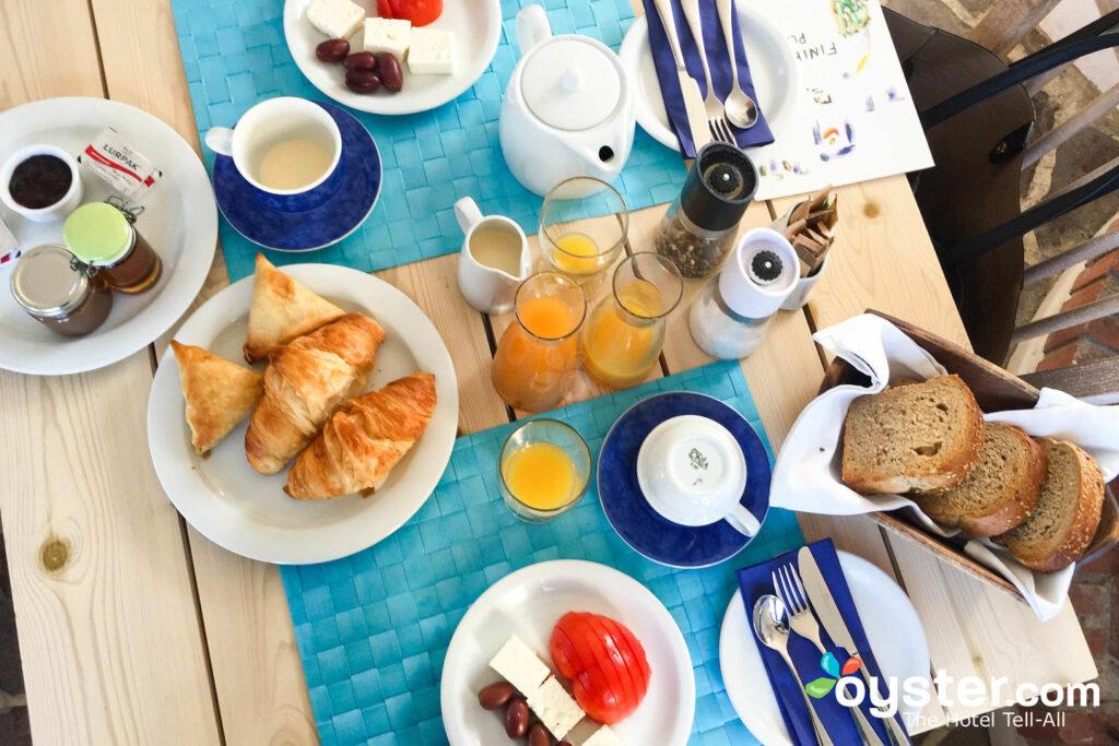 Desayuno en Finikia Memories