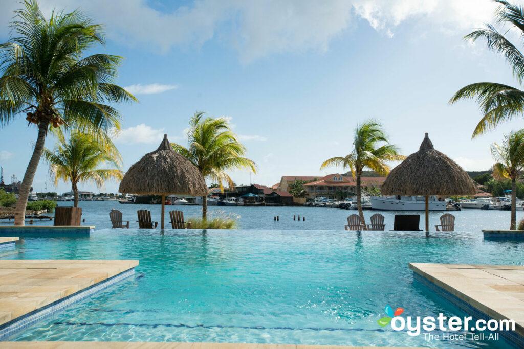 Piscine à La Maya Beach - Spanish Water Luxury Apartments, Curaçao / Huîtres