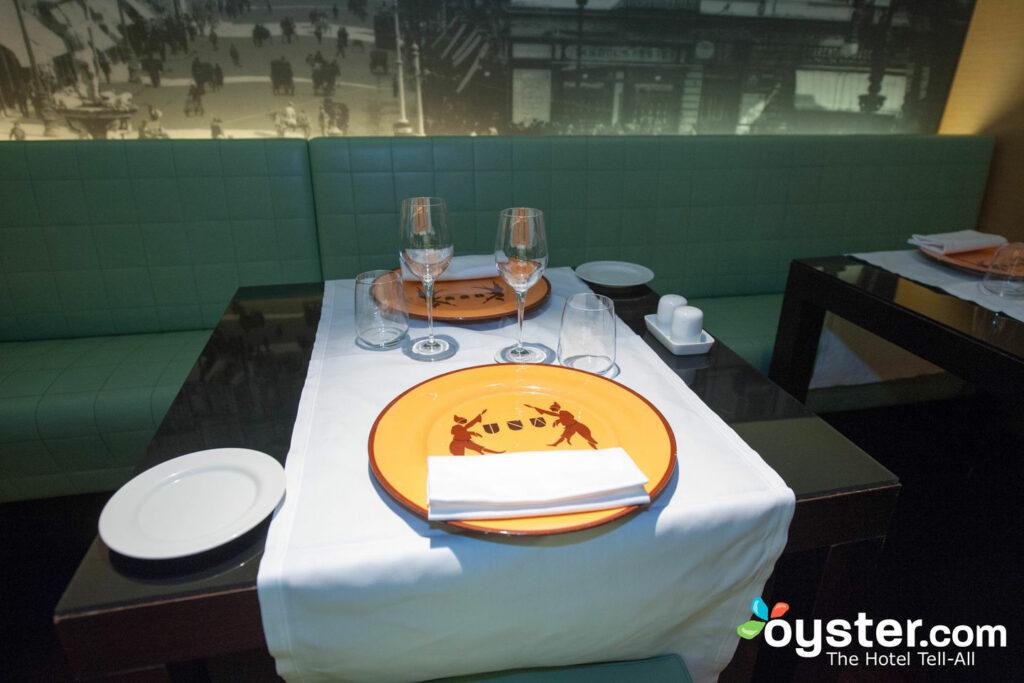 Restaurant im UNA Hotel Napoli, Neapel / Oyster