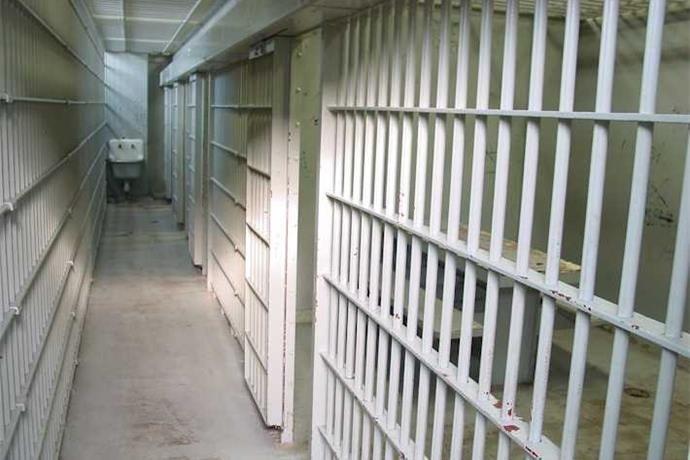 jail cells_-6762037849357529701
