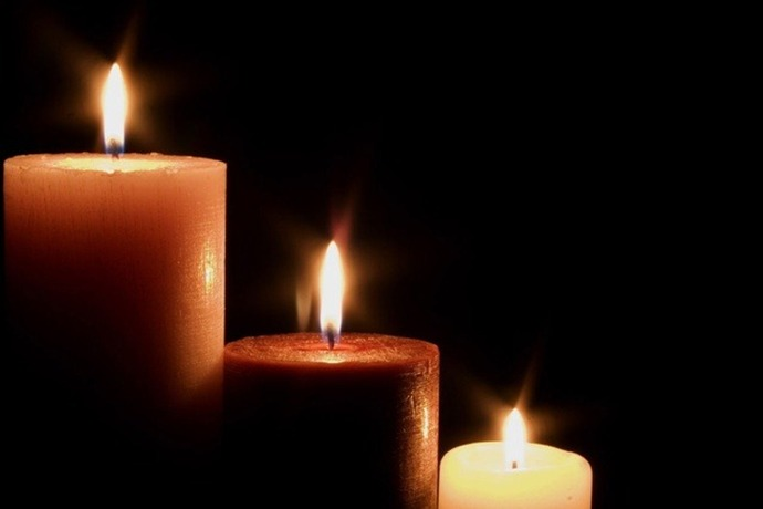 Candles_-3756678620873472638