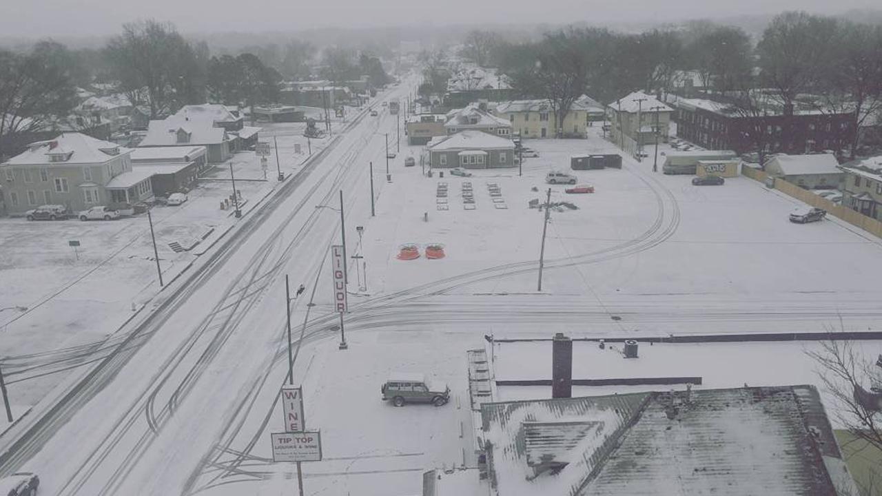 Snow%20in%20Memphis%20Jan%206_1483722012305_175729_ver1_20170106170620-159532