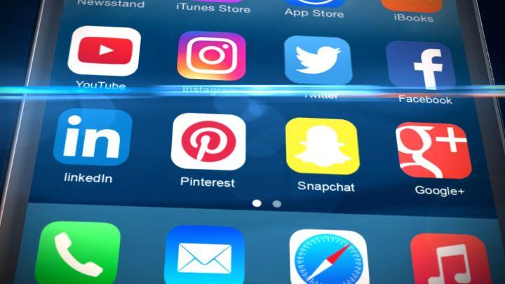 social media_1500253955511.jpg