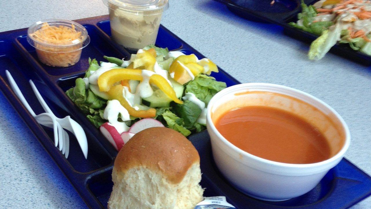 school lunch_1496748252361.jpg