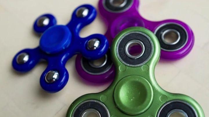 fidget spinner_1510347350263.jpg