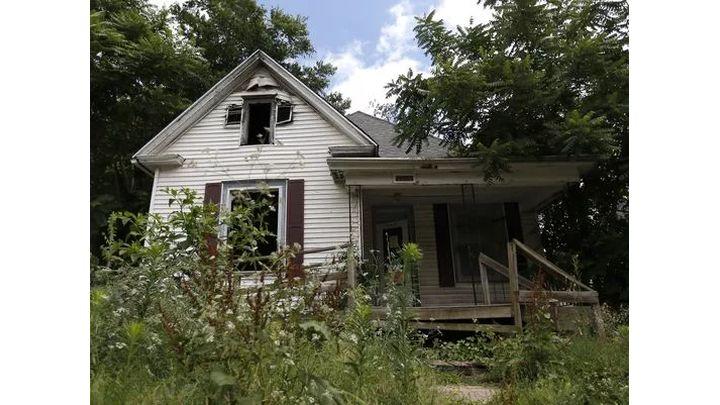abandoned house_1529798538953.jpg.jpg