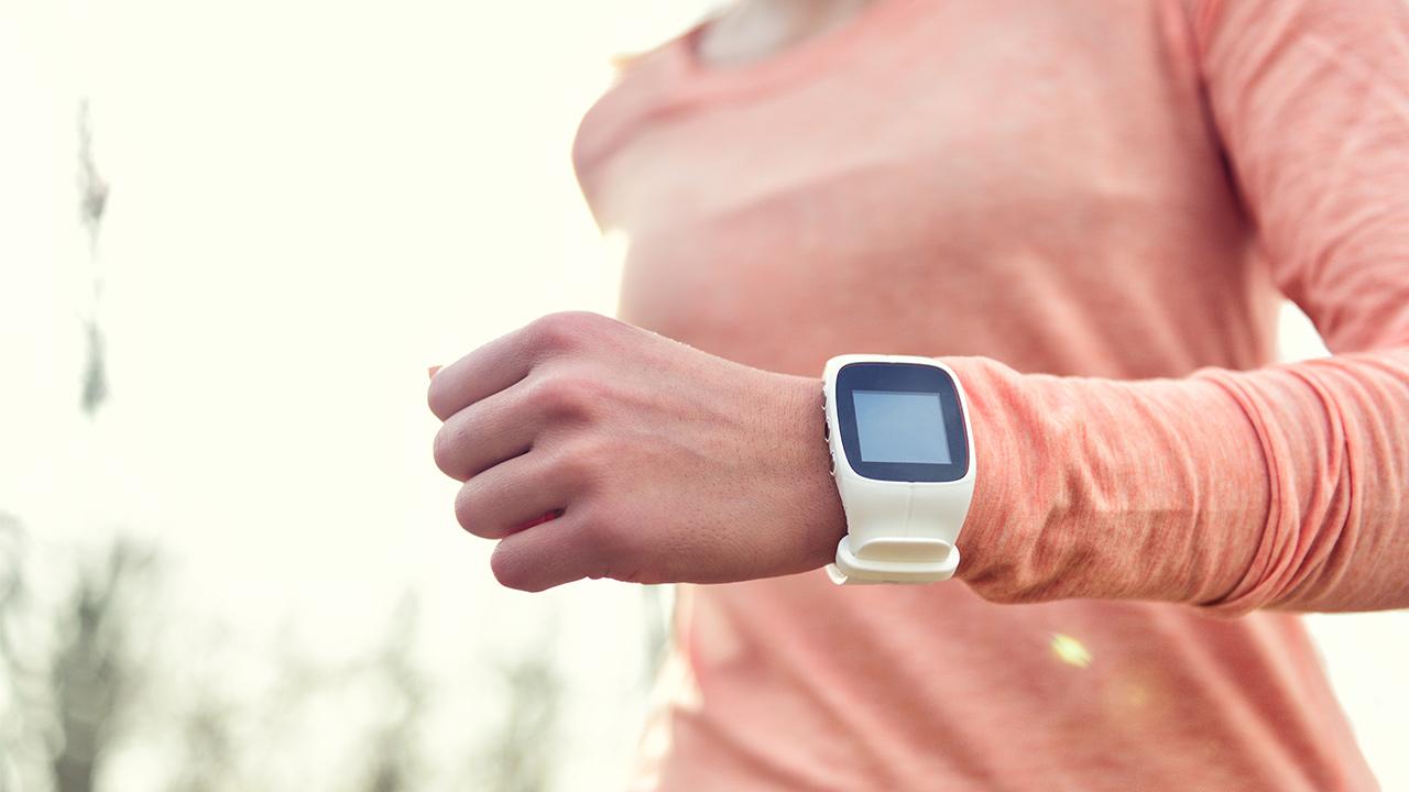fitness-tracker_1526330614955_369970_ver1_20180515055013-159532