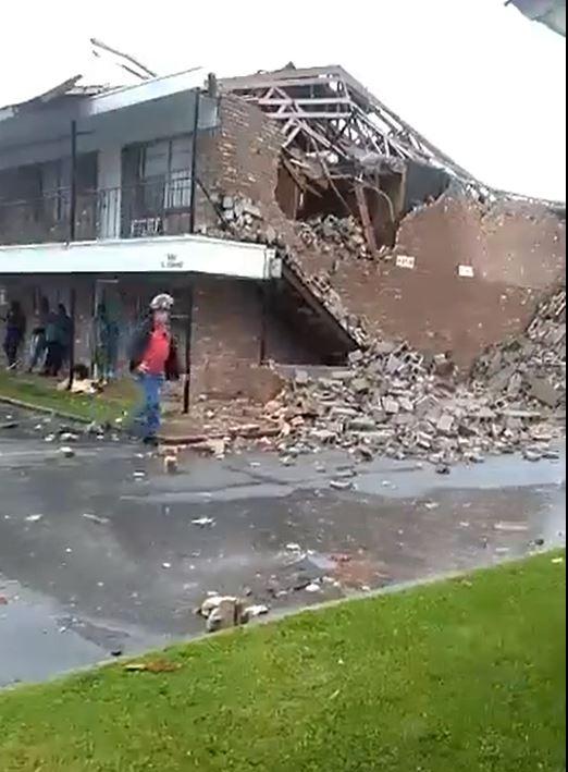 PB Storm damage_1557361187631.JPG-118809318-118809318.jpg