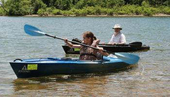 The 2012 Ascend Fs10 And Ascend D10 Kayaks Compared Ozarks Walkabout